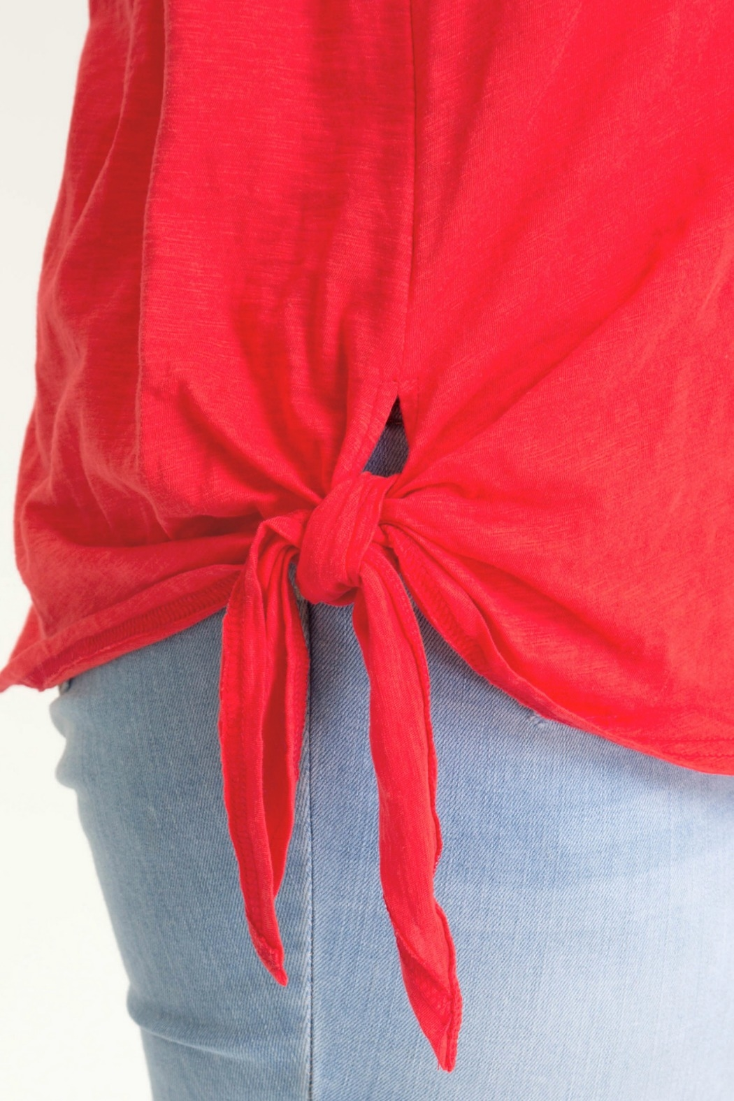 She + Sky Sleeveless Top with Side Tie Detail - Side Cropped Image