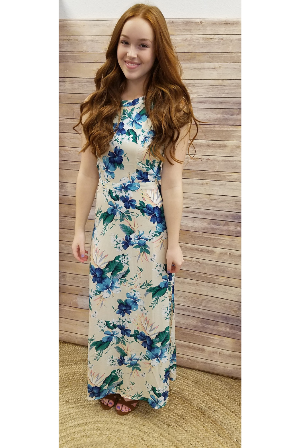Soieblu Sleeveless Tropical Floral Maxi Dress - Front Cropped Image