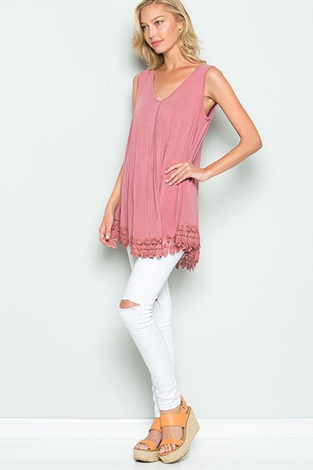 American Chic Sleeveless Tunic Top - Side Cropped Image
