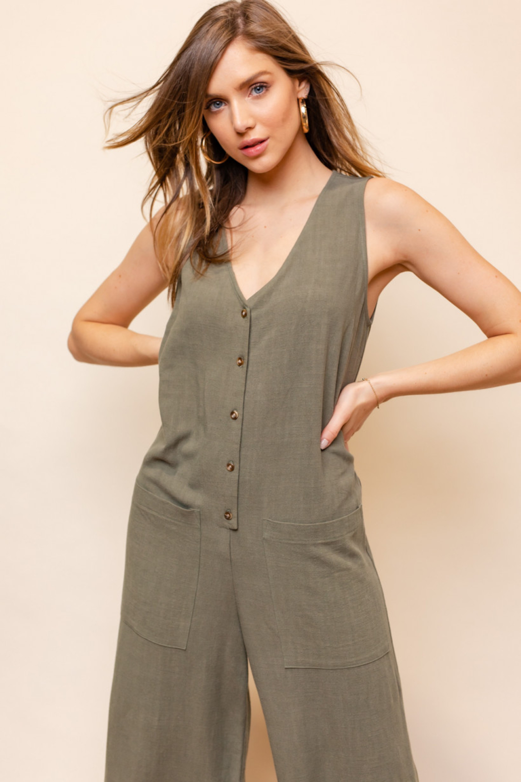 Gilli  Sleeveless V-Neck Button Down Jumpsuit - Side Cropped Image