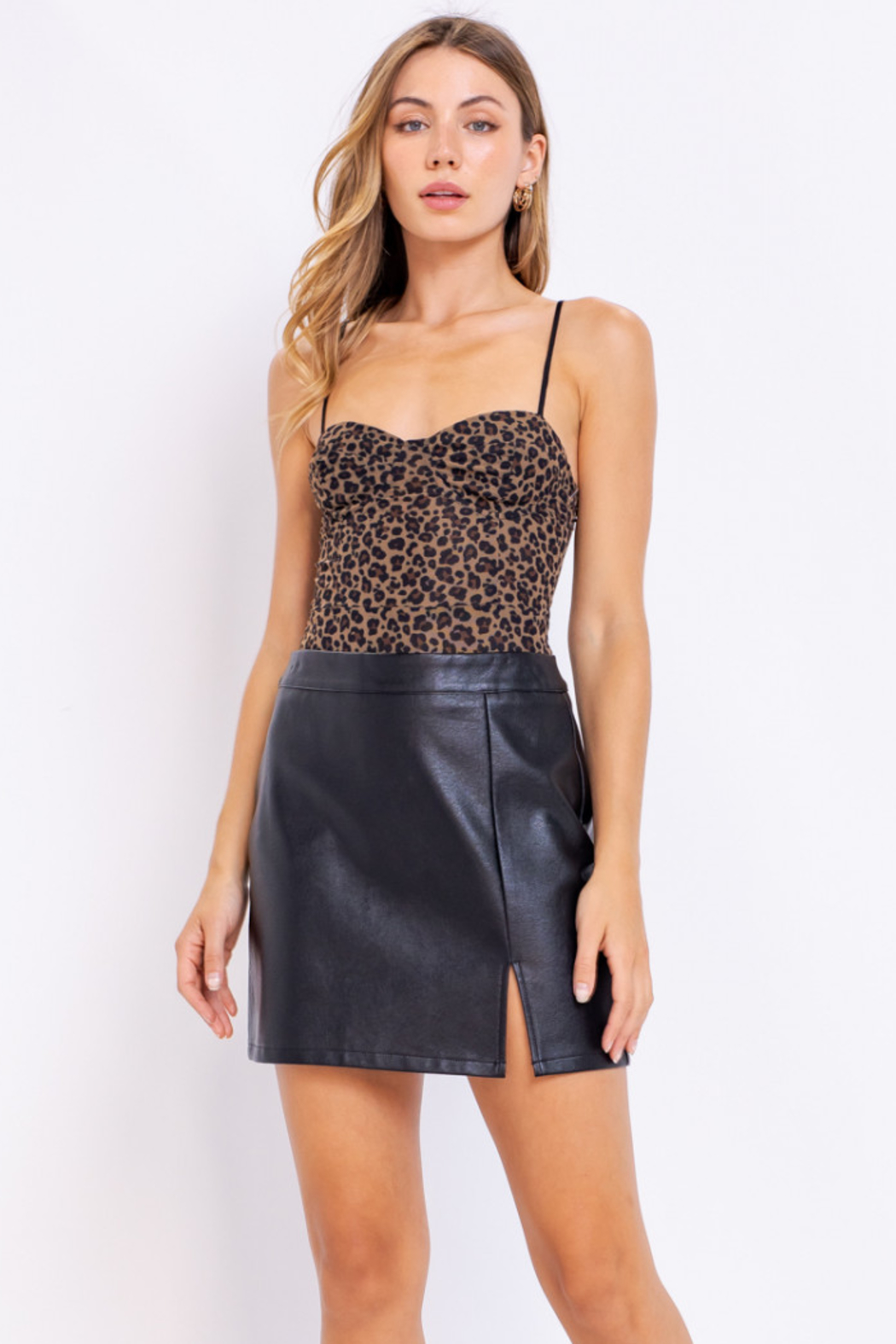 Le Lis Slit Leather Skirt - Front Cropped Image