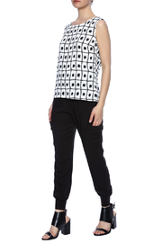 SLN Printed Top - Front full body