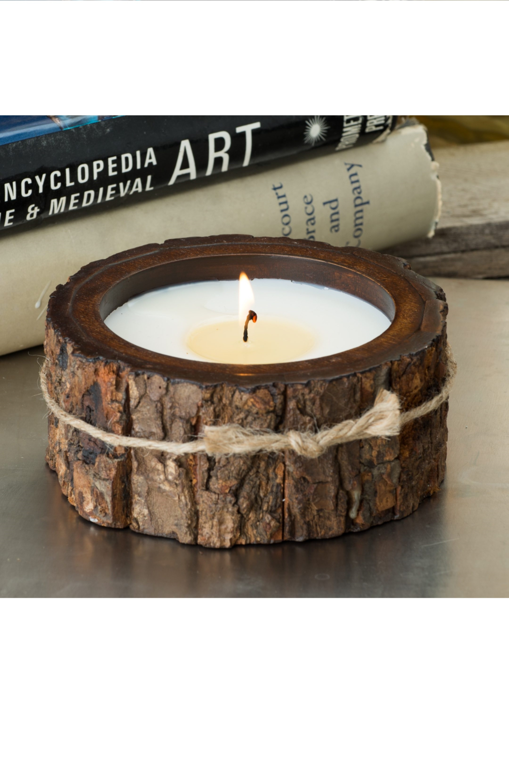Himalayan Trading Post SM Tree Bark Candle- MOUNTAIN FOREST - Front Full Image