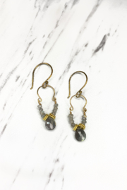 Alicia Van Fleteren Small U Labradorite Gold Earring - Front cropped
