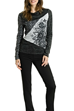 Smash  Snowflake Pattern Sweater - Alternate List Image