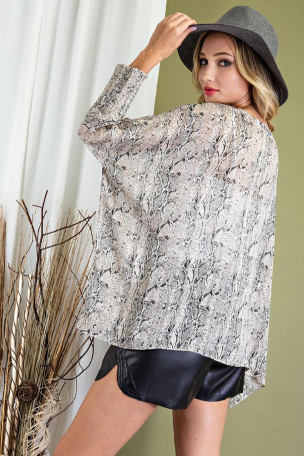 eesome Smocked Snake Dolman Top - Side Cropped Image