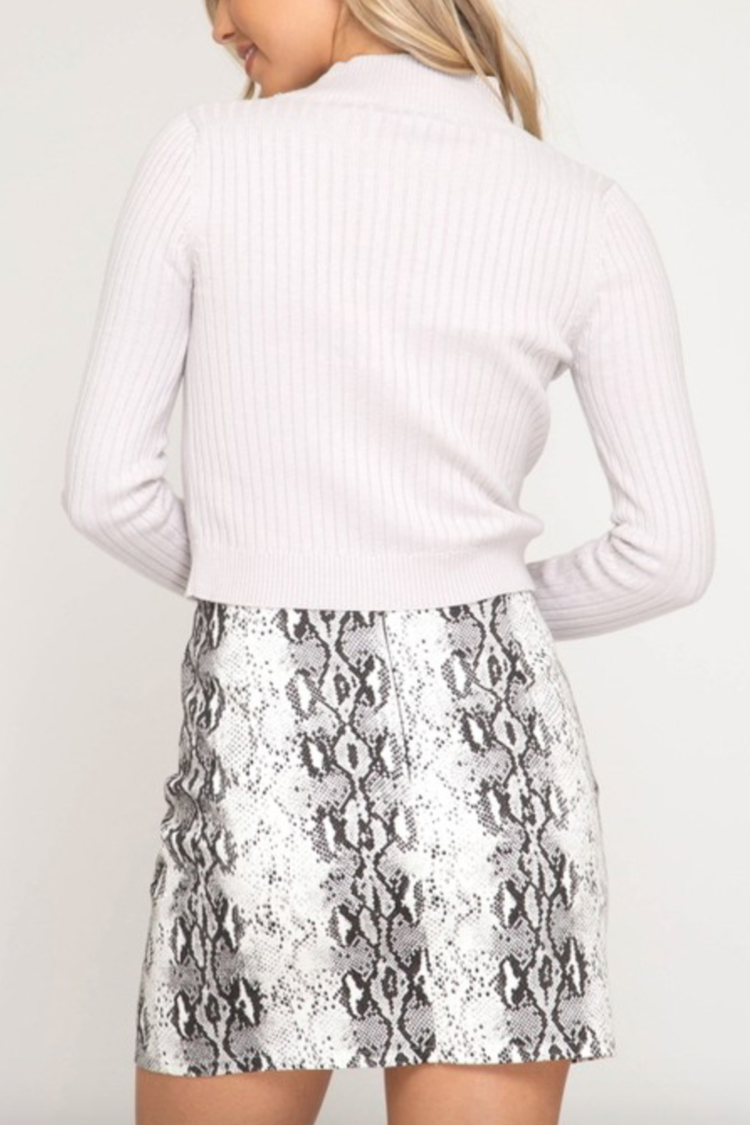 AVVIOLA Snake Print Mini Skirt - Side Cropped Image