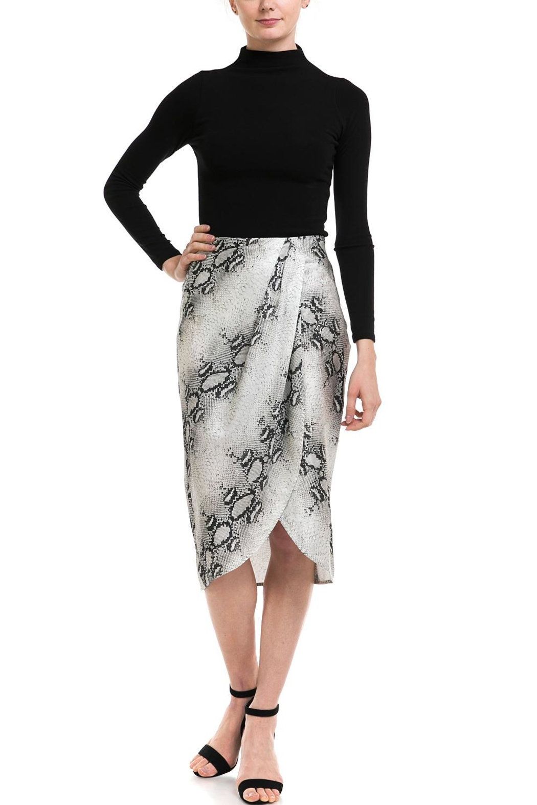 dress forum Snake-Print Overwrap Skirt - Side Cropped Image