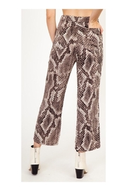 Polly & Esther Snake Print Pants - Side cropped