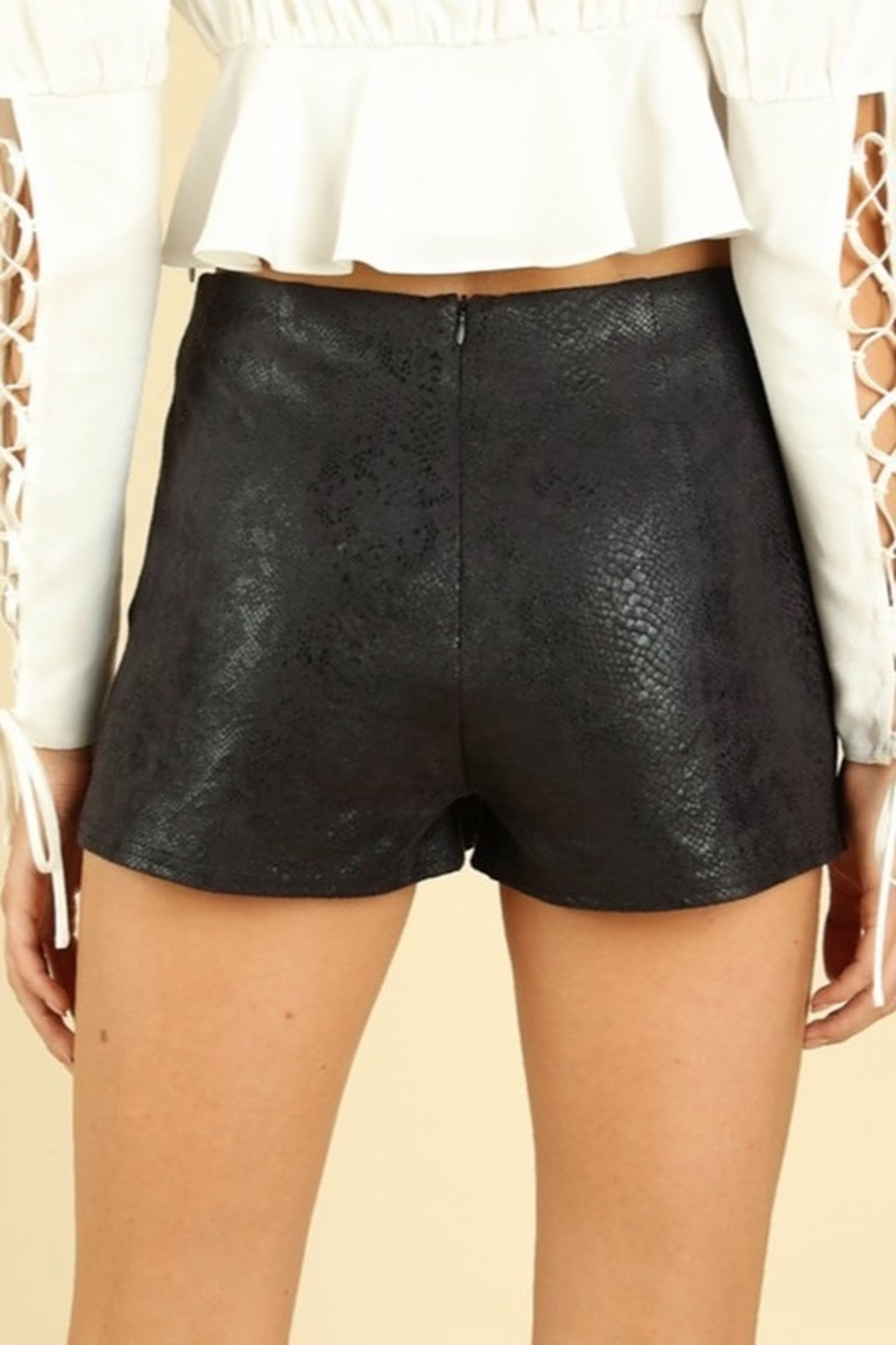 Honey Punch Snake Print Tulip Skort - Side Cropped Image