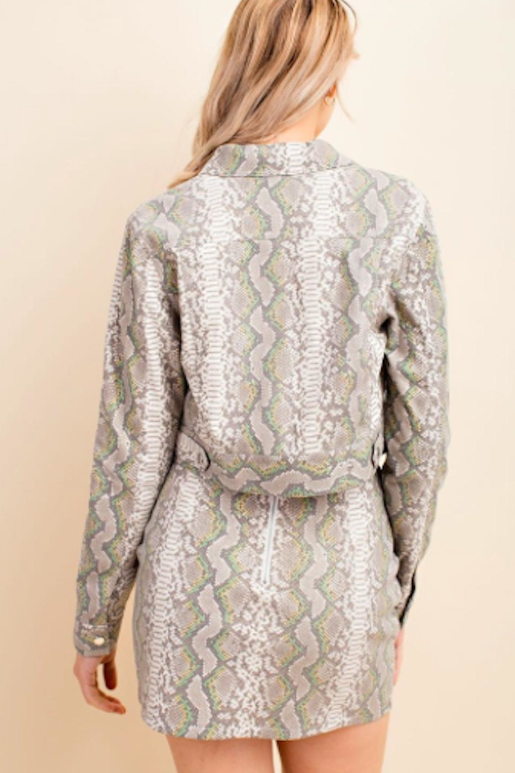 TIMELESS Snakeskin Crop Jacket - Back Cropped Image