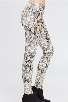 White Birch Snakeskin Leggings - Alternate List Image