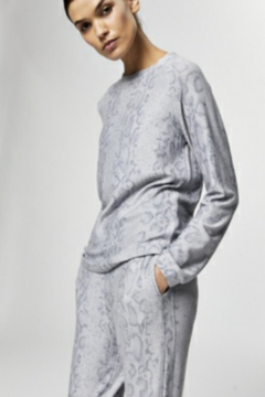 Varley Snakeskin long sleeve cozy Tee shirt - Product List Image