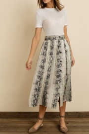 dress forum Snakeskin Pleated Mini Skirt - Front cropped