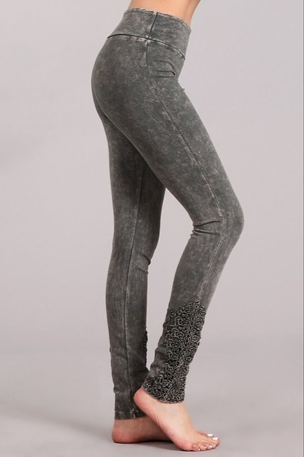 Chatoyant  Snazzy Lace Leggings For Long Legs - Front Cropped Image
