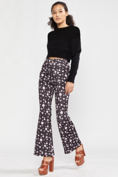 Cynthia Rowley Snow Daisy Printed Bonded Cropped Flares - Alternate List Image