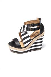 Soda Black/white Wedge - Product Mini Image
