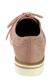 Soda Winged Wedge Oxfords - Back cropped
