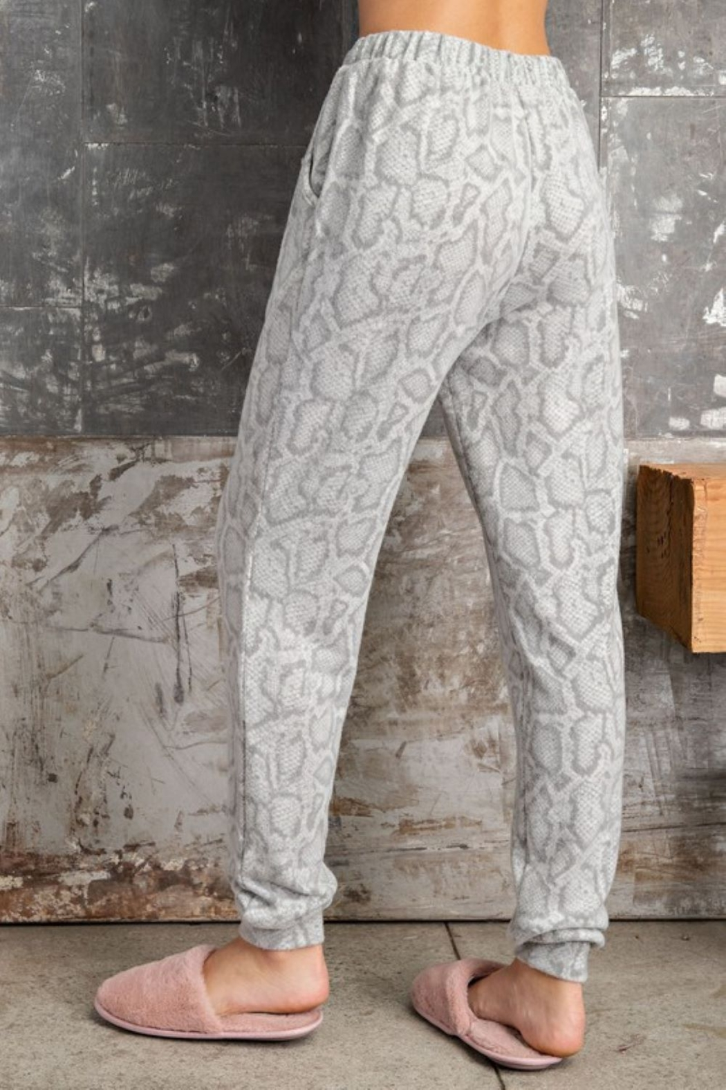 143 Story Soft Feel Snake Print Jogger - Side Cropped Image