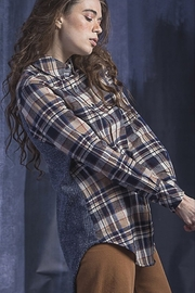 Vivante by VSA Soft Plaid shirt sweater - Front cropped