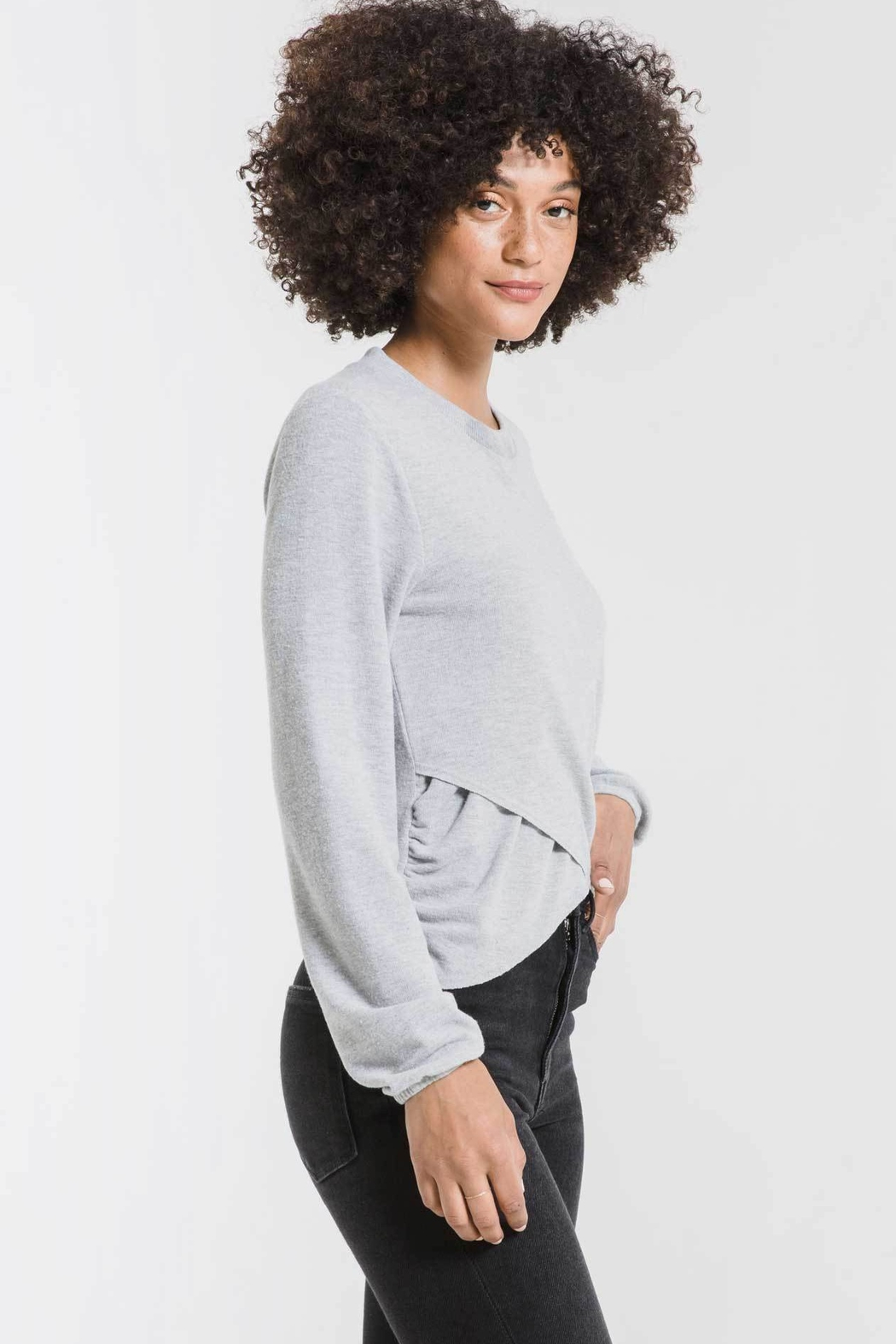 z supply Soft Spun Ruched Long Sleeve Top - Side Cropped Image