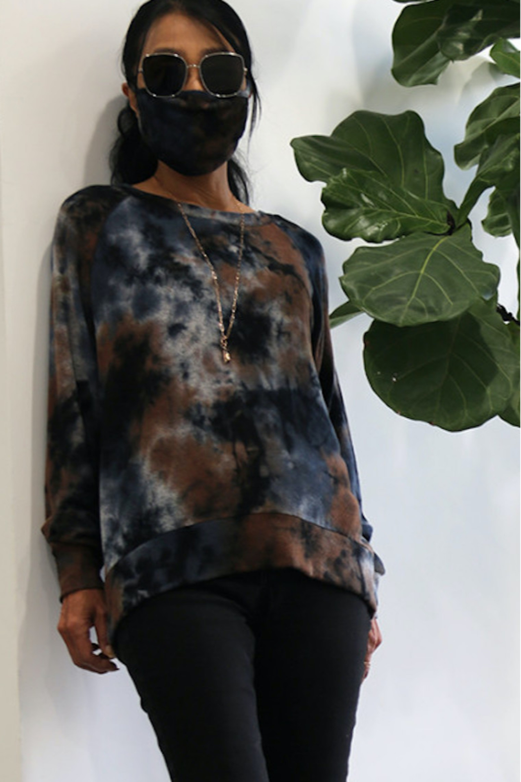 Coin 1804 Soft Tie Dye Sweatshirt - Front Cropped Image