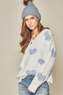 Andree by Unit Soft Touch Heart Sweater - Alternate List Image
