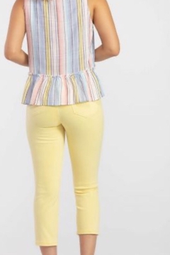 Tribal Soft yellow capri - Alternate List Image