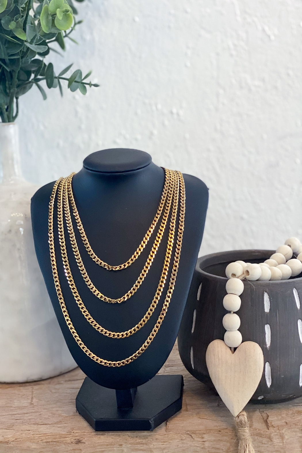 H&Y Soho Gold Chain Necklace - Main Image