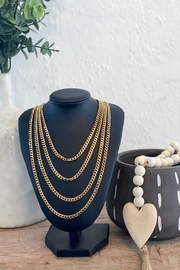 H&Y Soho Gold Chain Necklace - Front cropped