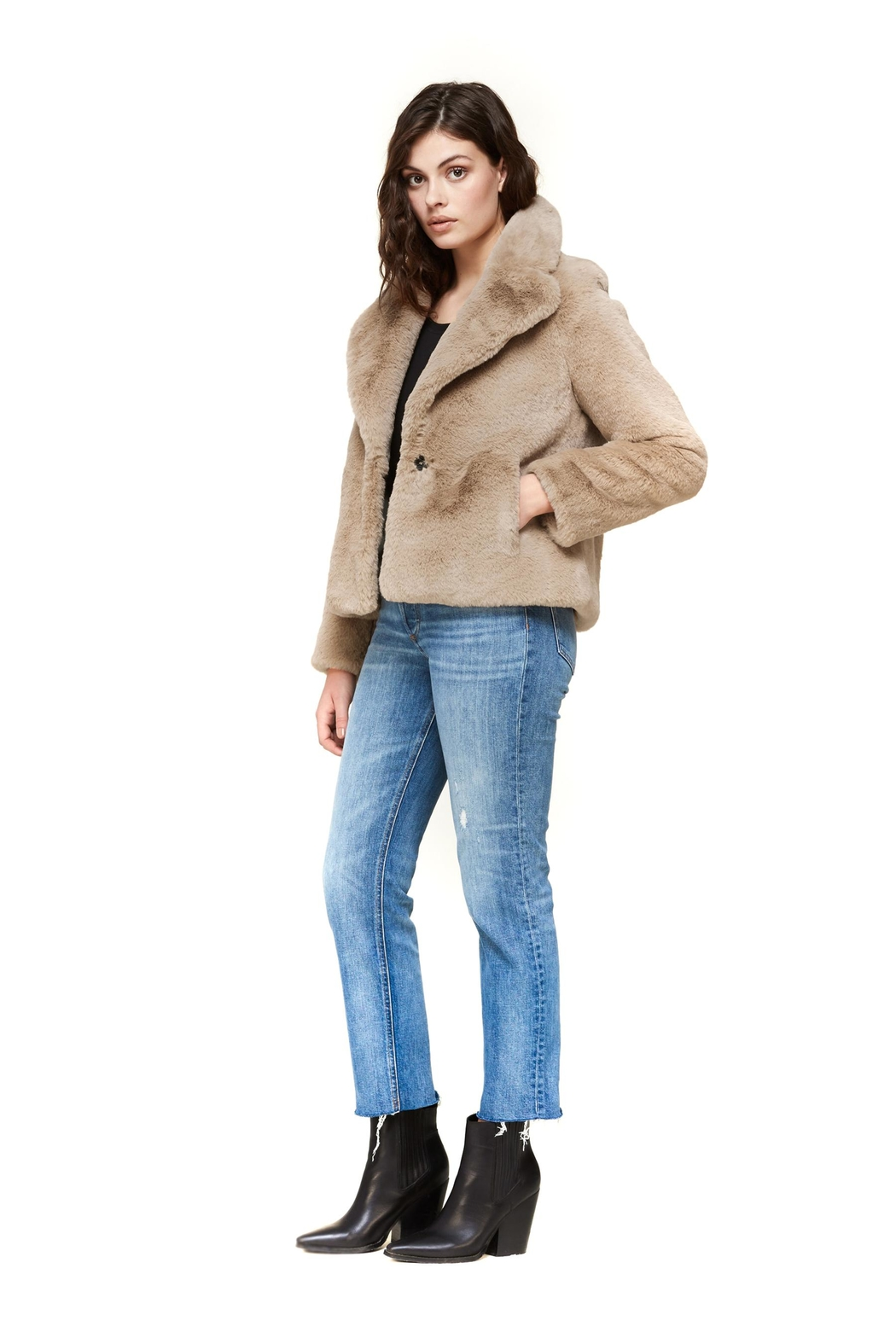 Soia & Kyo Emanuela Relaxed-Fit Jacket - Side Cropped Image