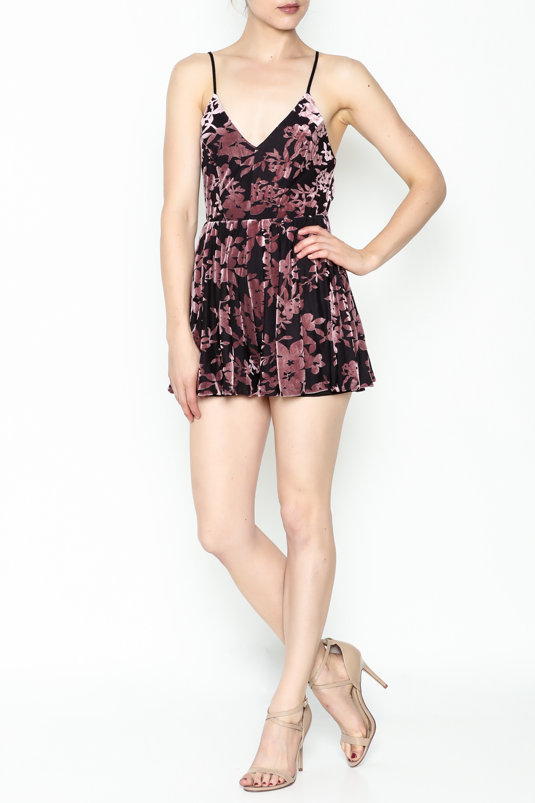 Solemio Strappy Velvet Floral Romper - Side Cropped Image