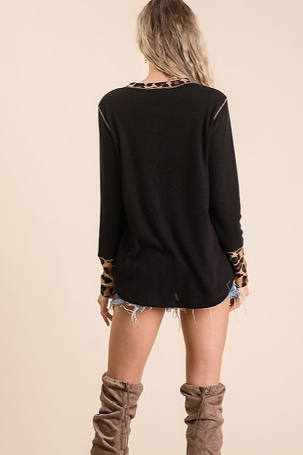 Ces Femme Solid and animal knit contrast knit top - Side Cropped Image