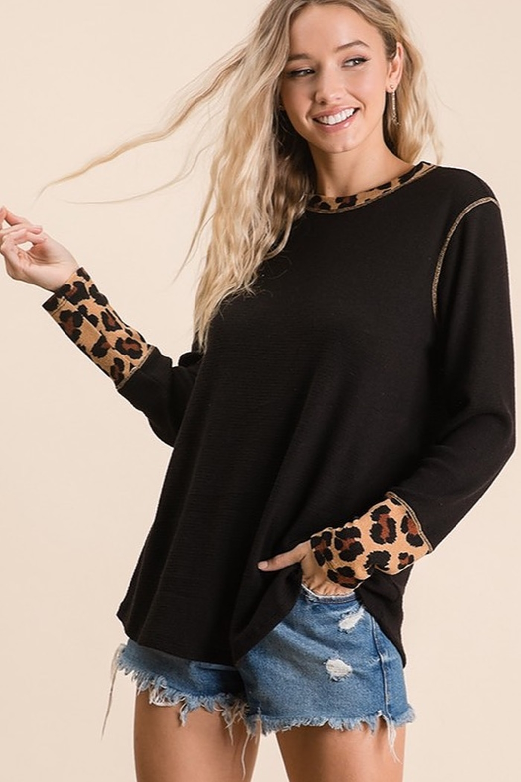 Ces Femme Solid and animal knit contrast knit top - Front Full Image