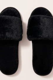 avenue zoe  Solid Color Furry Slippers - Product Mini Image