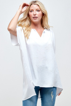 Caramela Solid Crinkle Tunic Top - Product List Image
