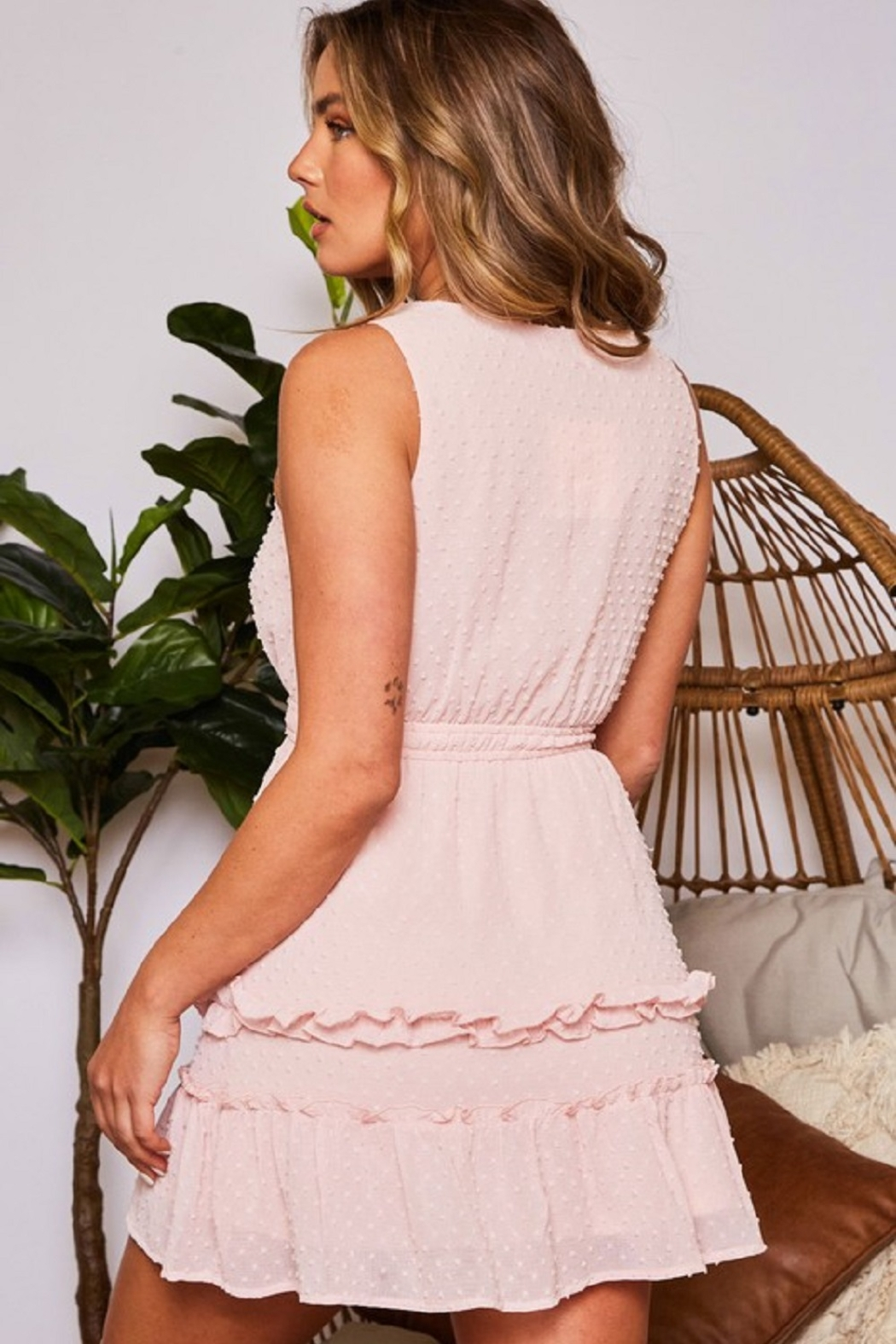 Peach Love California Solid Dot Dress - Side Cropped Image