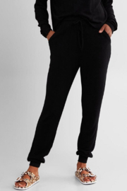 Fornia Solid Black LS & Jogger Lounge Set - Side cropped
