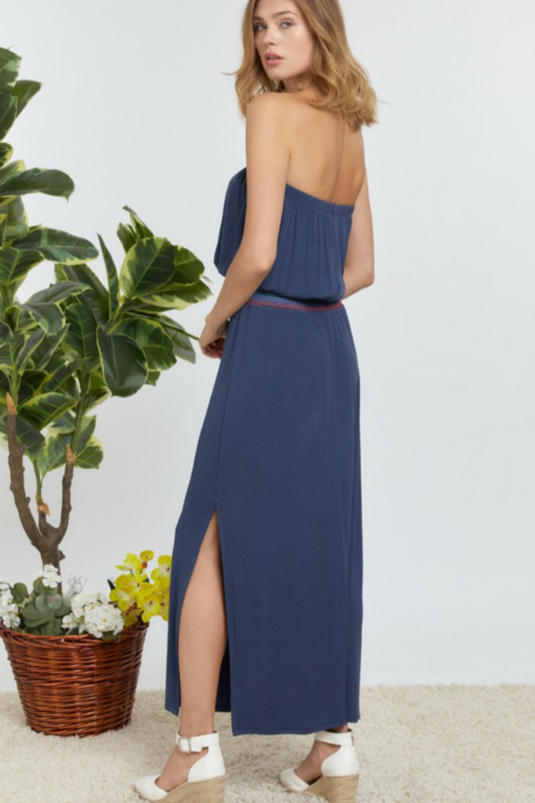 DAVI AND DANI Solid Off Shoulder Maxi Dress - Side Cropped Image
