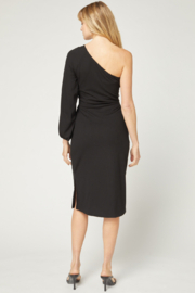 entro  Solid Ribbed One Shoulder Midi Dress - Side cropped