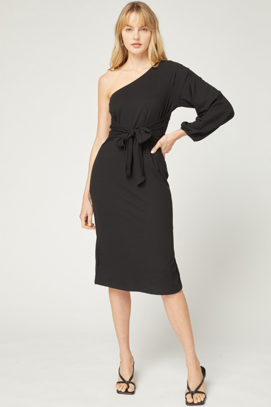 entro  Solid Ribbed One Shoulder Midi Dress - Front Cropped Image