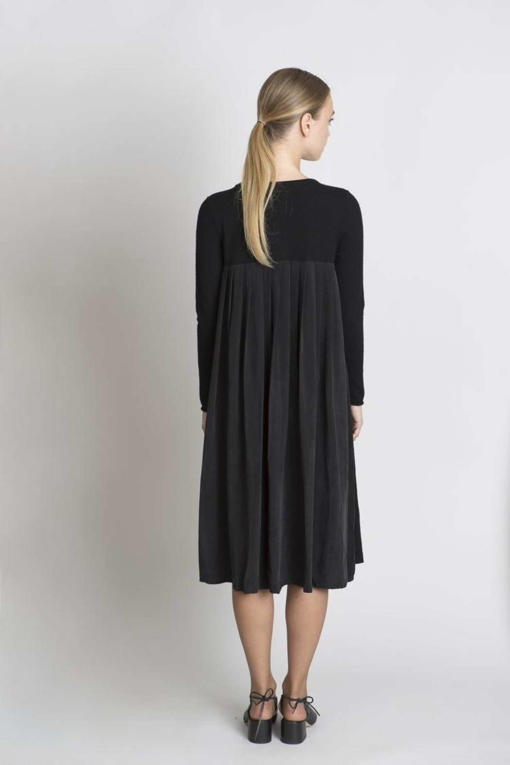 Solika Contrast Pleated Dress - Front Full Image