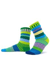 Solmate Socks Mismatched Socks Water Lily - Front cropped