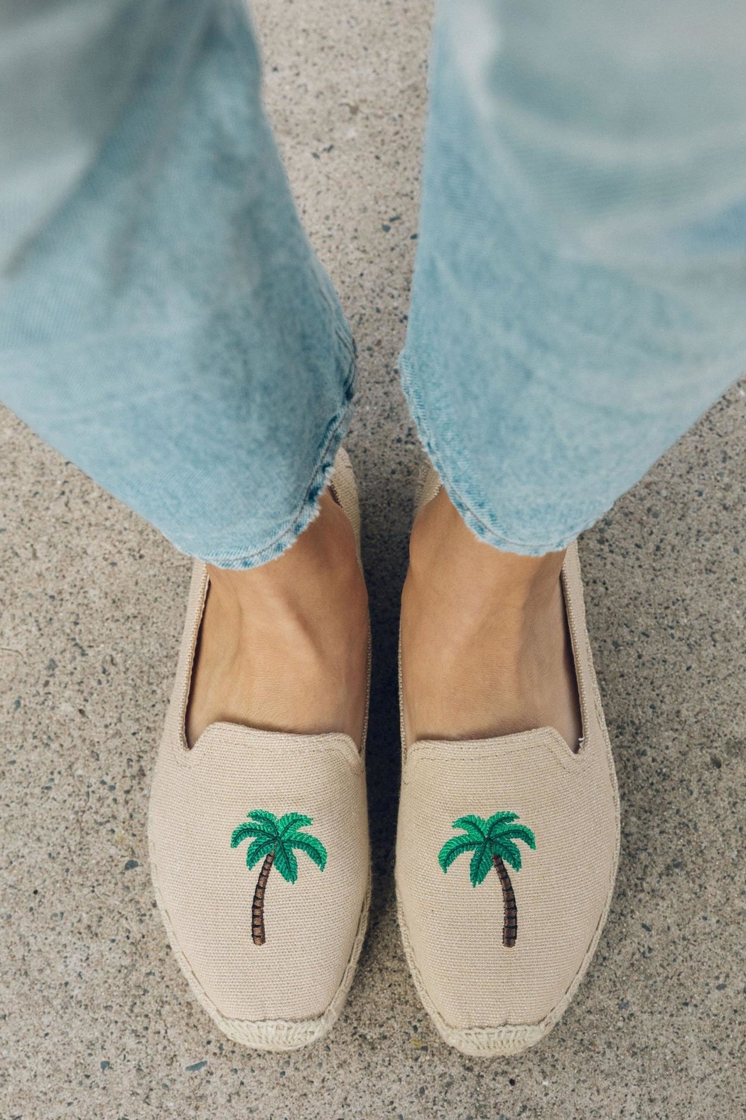 Soludos Palm Tree Platforms - Side Cropped Image