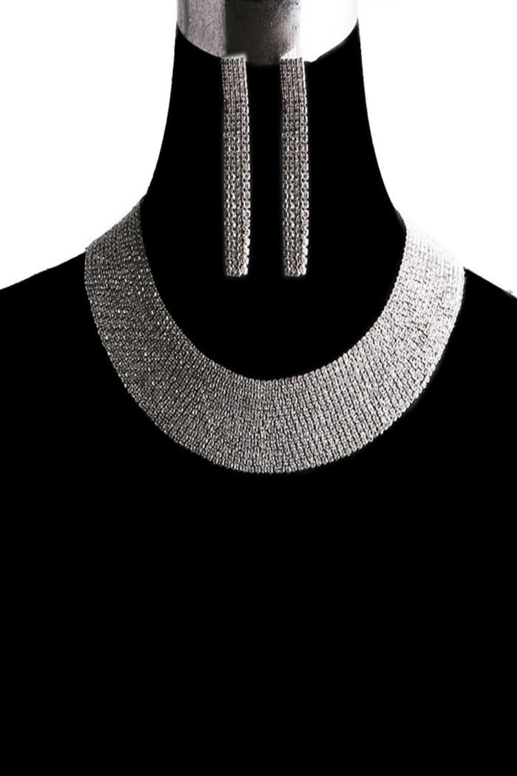 Something Special Bib Collar Necklace Set - Front Cropped Image
