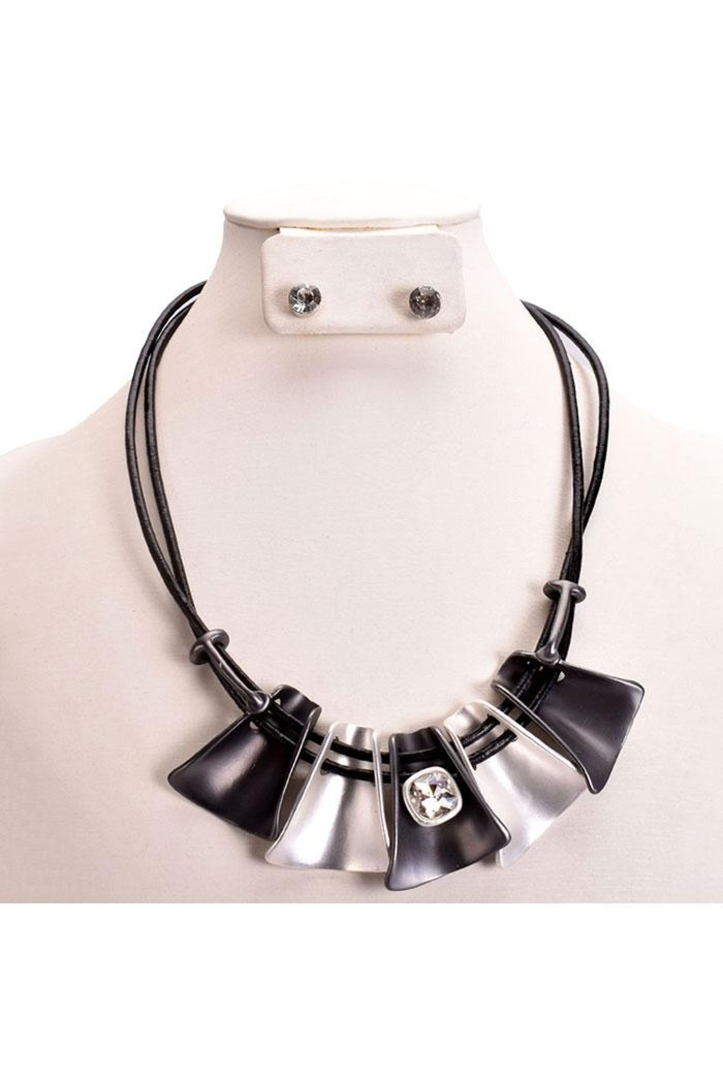 Something Special Mixed Metal Necklace Set - Front Cropped Image