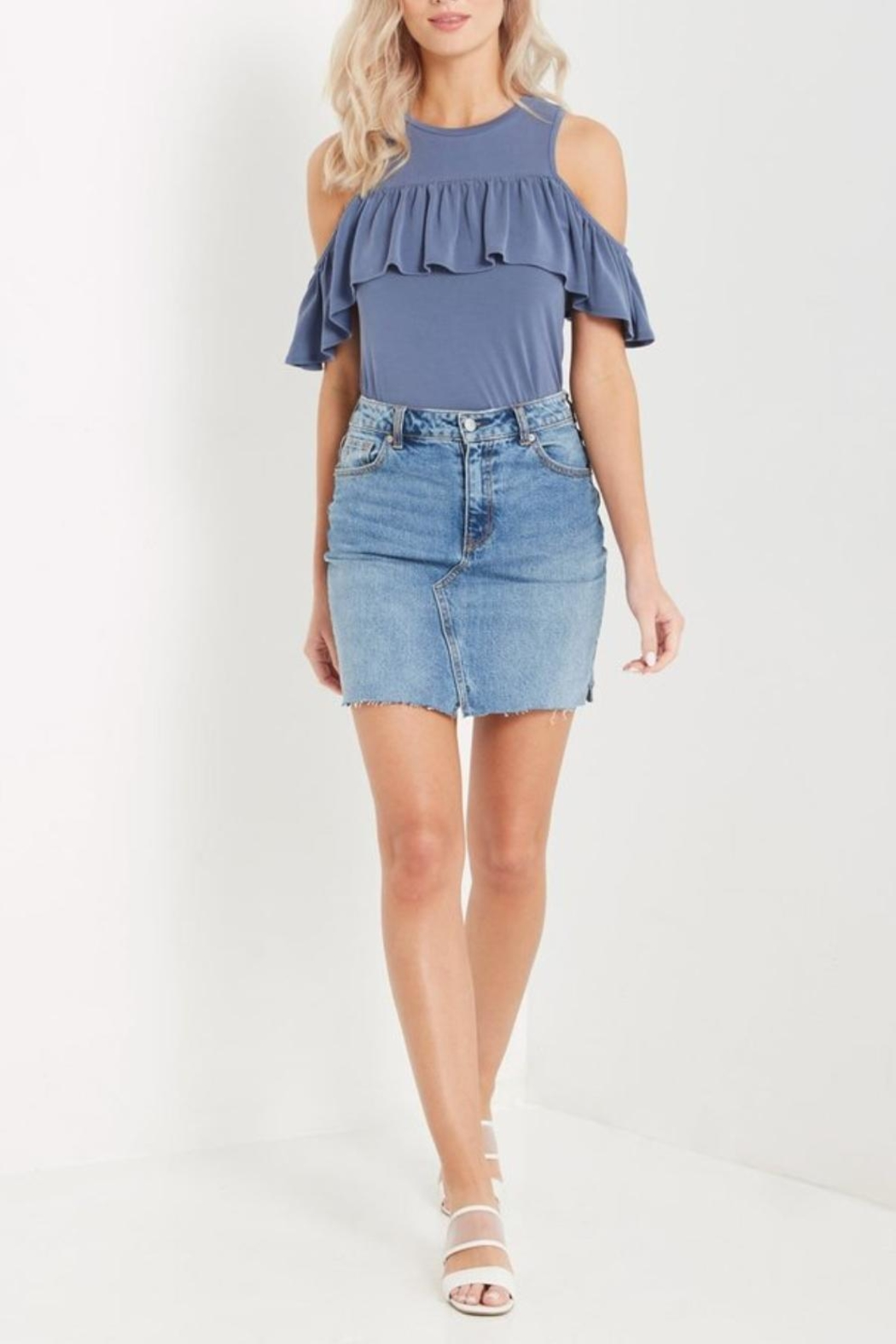 Soprano Ruffled Cold Shoulder - Front Cropped Image