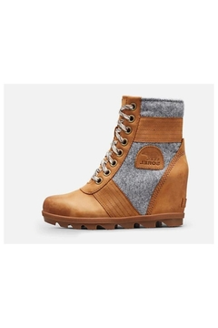 Sorel Lexie Boots - Alternate List Image