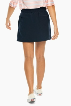 Southern Tide Kyle Woven Skort - Alternate List Image