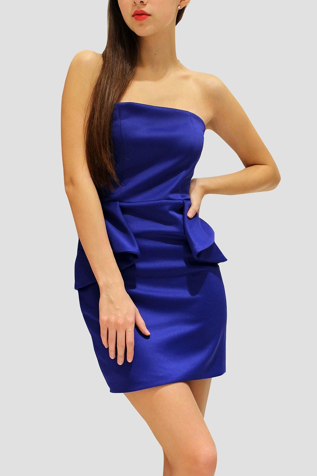SoZu Strapless Peplum - Front Cropped Image